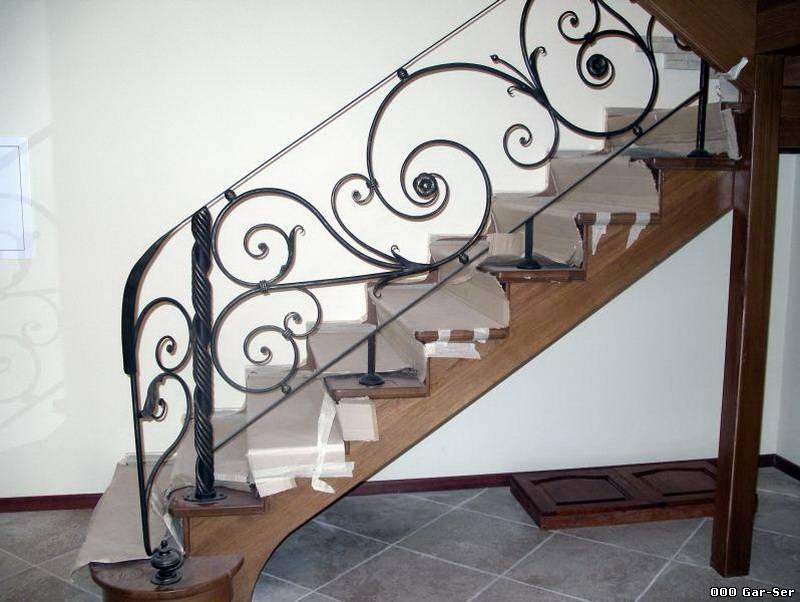 фото кованые перила для лестниц